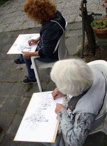 Zomerworkshop buiten tekenen